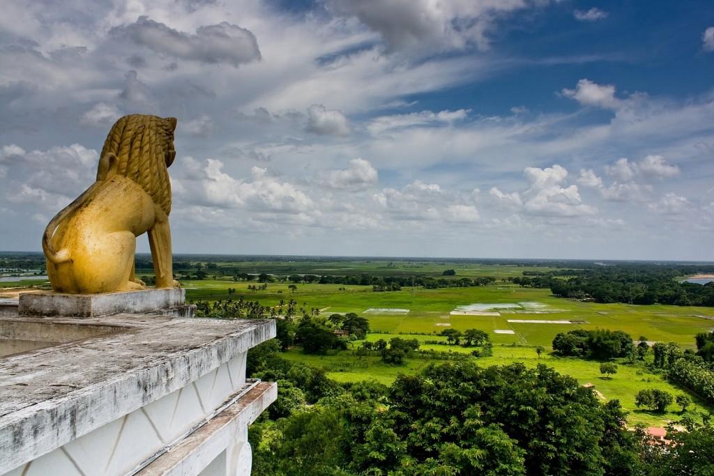 Dhauli-Giri-Lion-King-Bhubaneswar