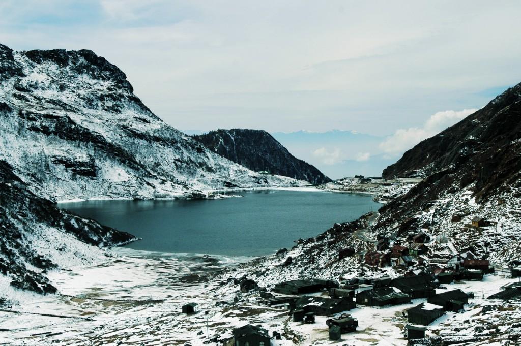 Tsmomgo-Lake