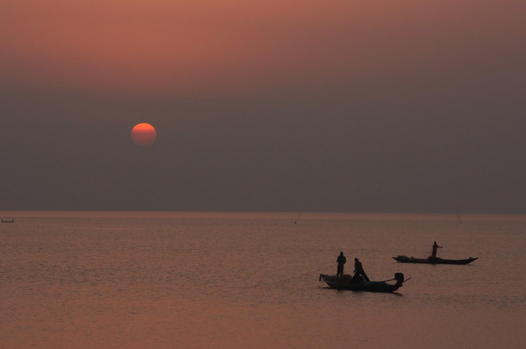 Sunset-at-Chilika Lake