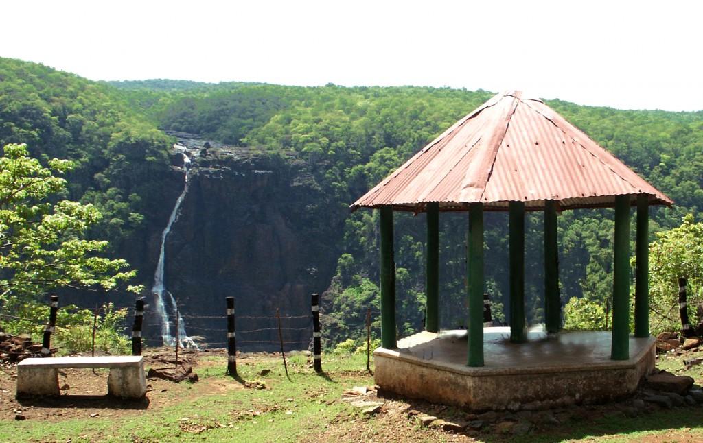 Barehpani-Falls