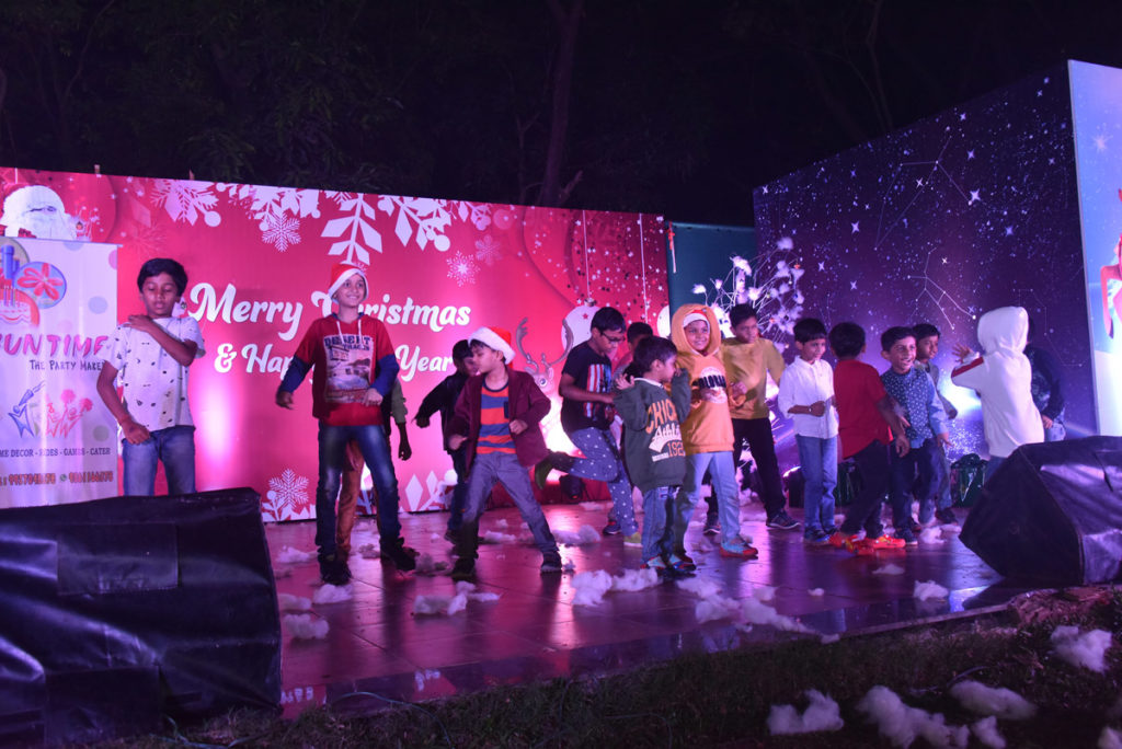 Christmas Celebrations at MAYFAIR Lagoon